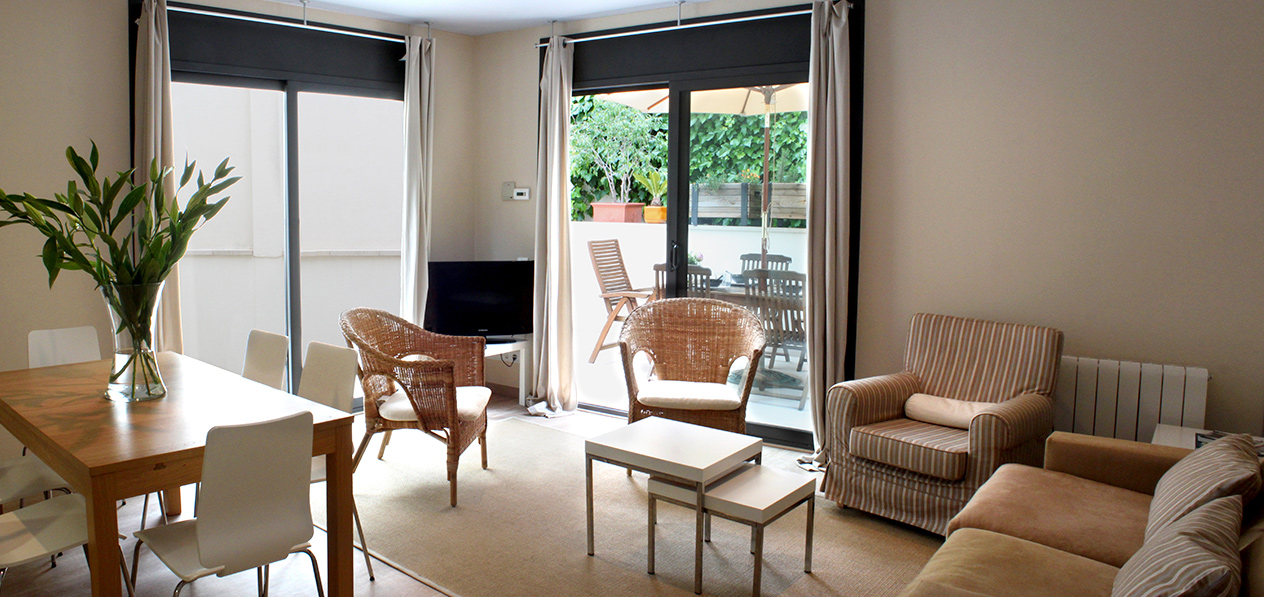 Sitges boutique hotel apartments pisos de alquiler en sitges for Pisos de alquiler en sitges